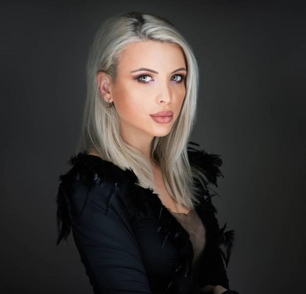 Sabina Lisievici, instagram