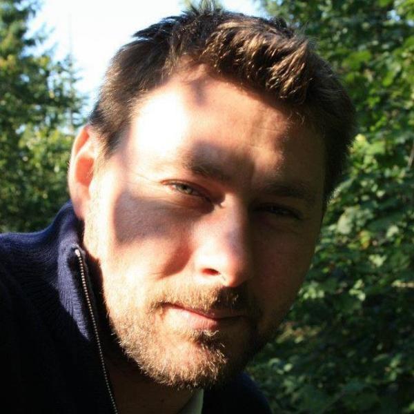Iancovescu Mihai, facebook