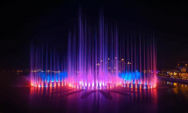 The pointe, cea mai inalta fantana din lume, inaugurata in Dubai