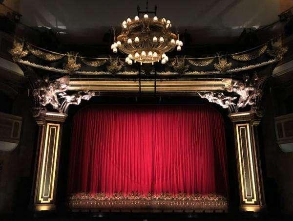 Teatru, foto Gwen O, pixaby