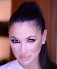 Roxana Vancea, Foto alexandra__beautyart