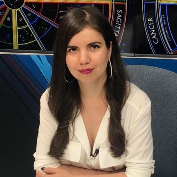 Daniela Simulescu, facebook