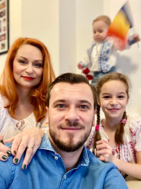 Dan Cruceru și familia. foto Arhiva personala
