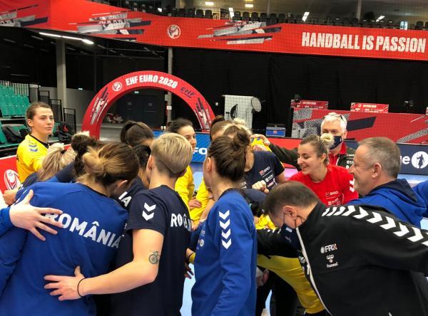 Naționala feminină de handbal