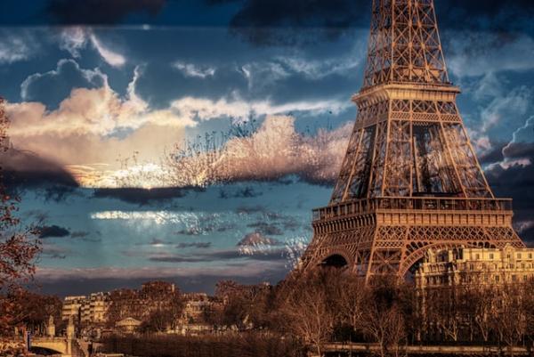 Turnul Eiffel. Foto Unsplash.com/ autor Paris Photographer   Février Photography