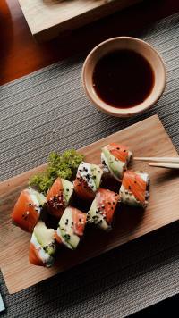 Sushi, foto Unsplash/ autor: Derek Duran