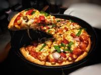 Pizza. Unsplash.com/ autor Karthik Garikapati