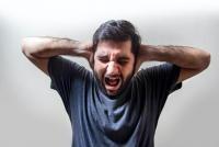 Schizofrenia ar putea fi unul dintre cei mai importanţi factori de risc pentru deces asociat COVID-19, după vârstă,, Foto Unsplash/ Autor Usman Yousaf