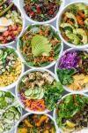 top 3 tipuri de salate care ajută la slăbit si potolesc foamea. Foto Unsplash/ autor Luisa Brimble