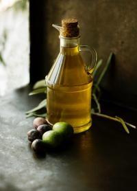 Ulei de măsline, sursa unsplash/ autor Roberta Sorge