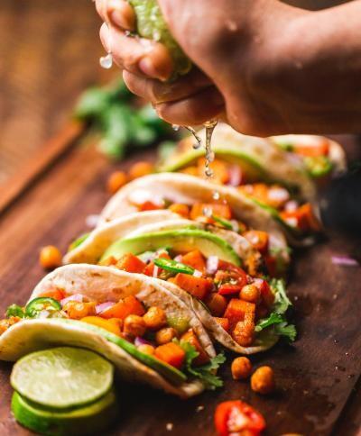 Tacos, foto Unsplash/ autor: Chad Montano