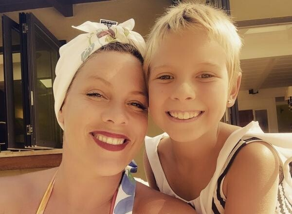 Pink și fiica ei, sursa foto Instagram