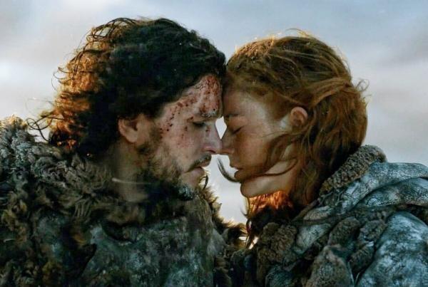 Kit Harington şi Leslie Rose, captură foto Game of Thrones