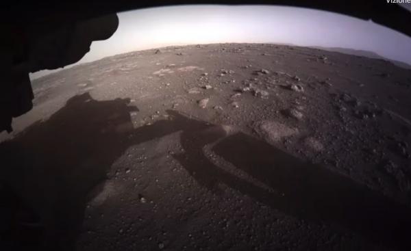 NASA a publicat primele imagini color cu roverul Perseverance și suprafața Planetei Marte/ captura foto Youtube/ sursa VideoFromSpace