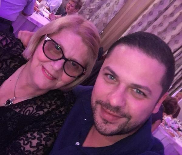 Augustin Viziru și mama sa, foto Instagram
