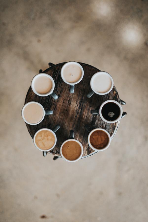 Cafea, foto Unsplash/ autor: Nathan Dumlao