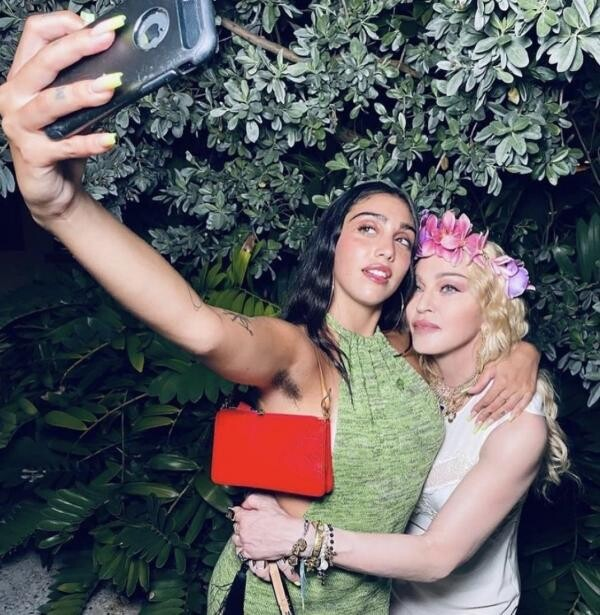 Madonna și fiica ei, sursa foto Instagram