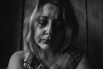 9 obiceiuri care îți distrug sănănatea mintală. Unsplash.com/ autor Kat J