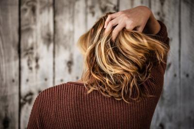 Căderea părului, Foto Unsplash, sursa Tim Mossholder