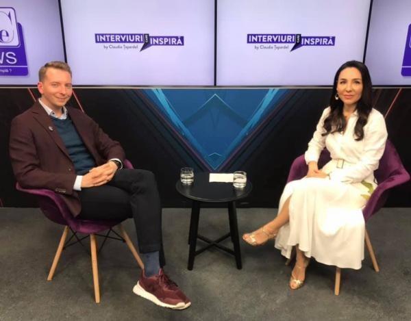"""Paul Olteanu, Arhitectul Minții, la DCNews, în emisiunea """"Interviuri care Inspiră"""" by Claudia Țapardel."""