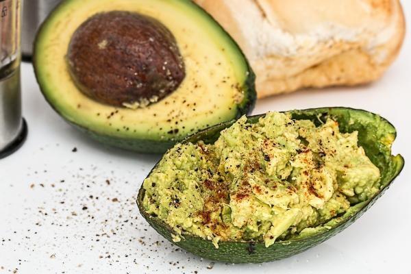 Sos de avocado, sursa pixabay/ autor Steve Buissinne