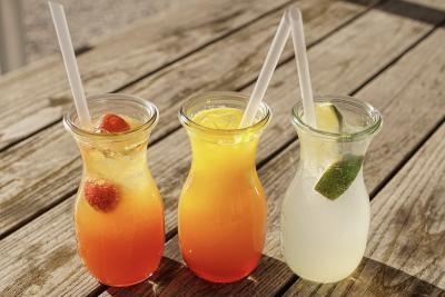 Băuturi răcoritoare, sursa pixabay/ autorsuju-foto