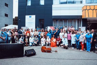 """Muzică clasică în curtea spitalului """"Matei Balș"""" din București. Primul concert din turneul New Hope 2021"""