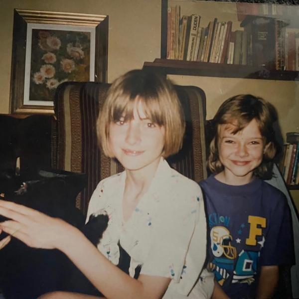 Iulia Albu și sora ei, foto Instagram