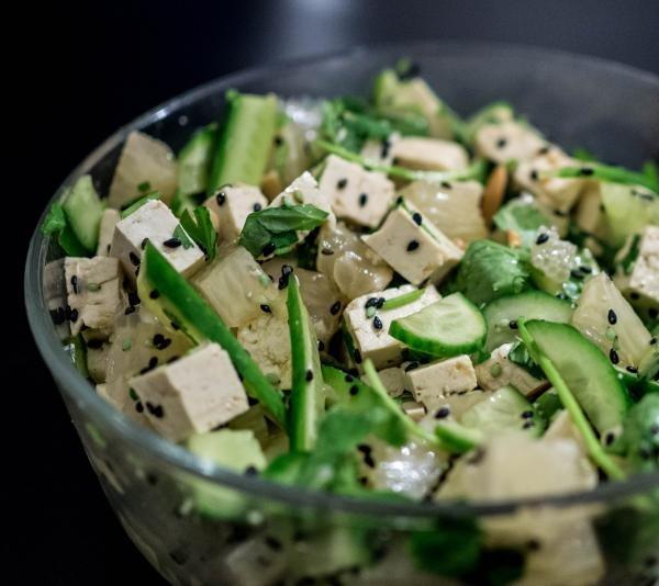 Tofu, foto Unsplash/ sursa Yoav Aziz