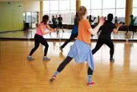 Dans, sursa foto Unsplash/ Danielle Cerullo