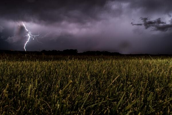 Vreme, foto Unsplash/ Eugene Triguba