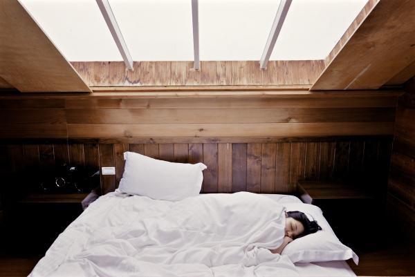 Tehnici pentru un somn mai bun, sursa pixabay/ autor Free-Photos