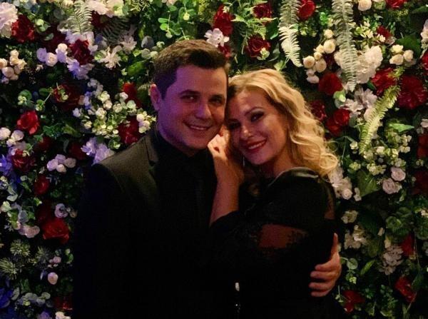 Cove și soția, sursa instagram