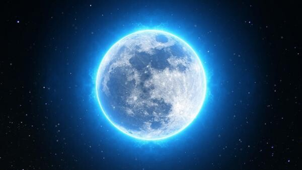 Luna albastră, sursa pixabay