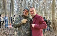 """George Piștereanu și Samuel L. Jackson. Pe platoul de filmare """"The Asset"""", foto Instagram"""