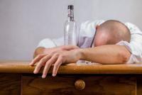 Alcool, sursa pixabay