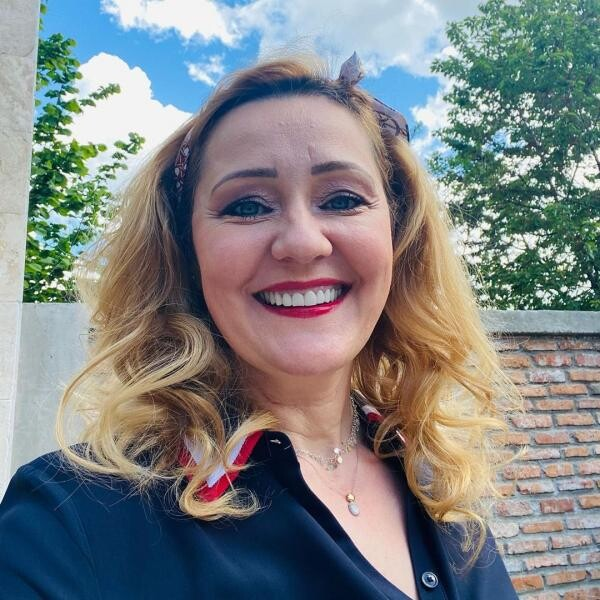 Elena Lasconi, sursa instagram