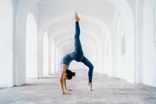Yoga, foto Unsplash/ Oksana Taran