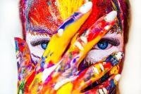 Colostrologia. Culoarea asociată cu luna naşterii tale. Unsplash.com/ autor Alexandr Ivanov