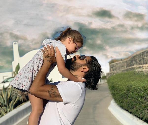 Connect-R și fiica lui, sursa instagram